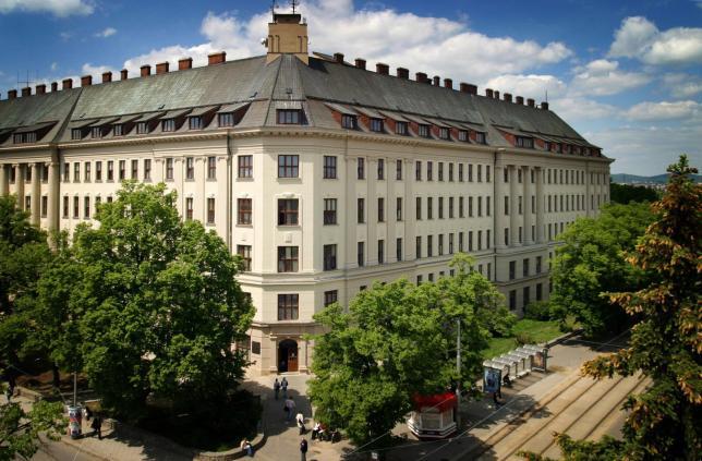 Budova Lesnické a dřevařské fakulty