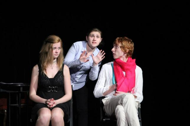 Studentské divadelní představení Stepfordské paničky