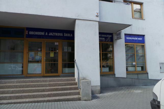 Obchodní institut