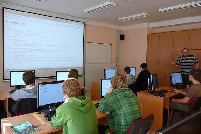 Odborná učebna pro výuku programování a tvorby webových stránek