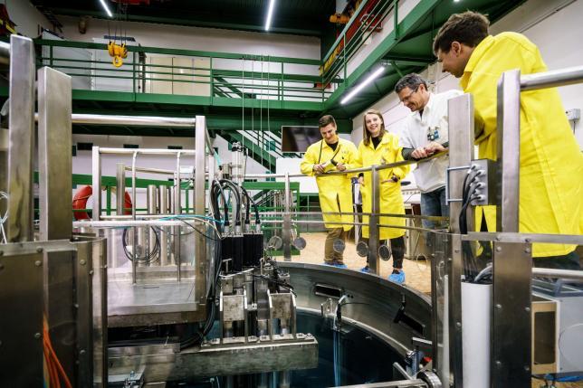 Školní jaderný reaktor VR-1