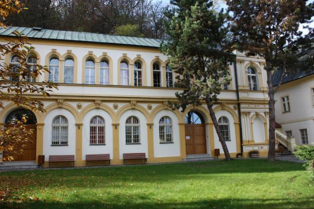 IVP Malá Chuchle, jedna z budov