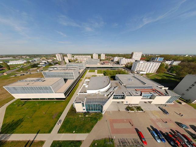 Univerzitní kampus