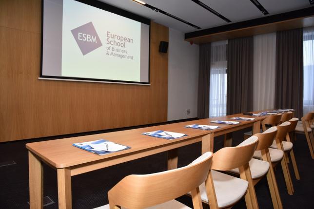 Výuka programu MBA na ESBM (6)