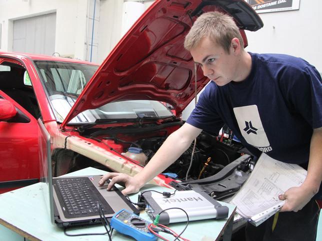 Autotronik - diagnostik motorových vozidel