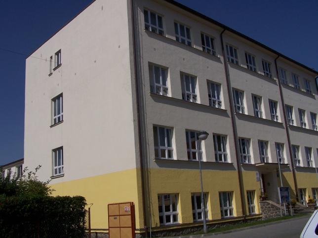 školní budova Vrchlického