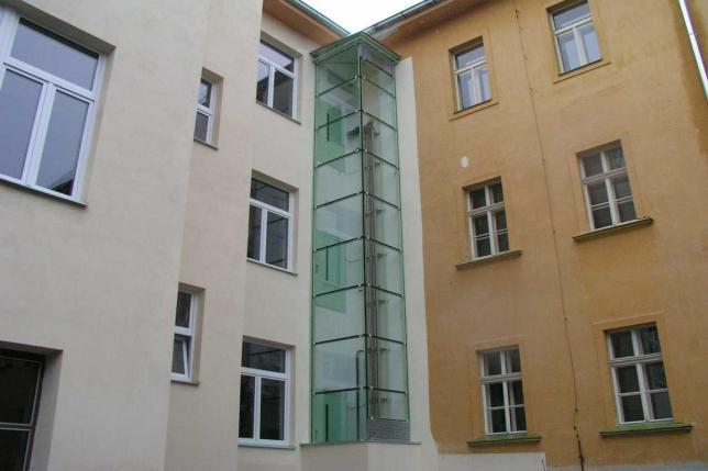 Výtah pro invalidy