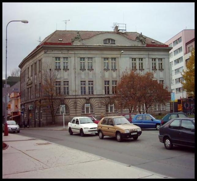 Budova školy pro teoretickou výuku v Železné ulici