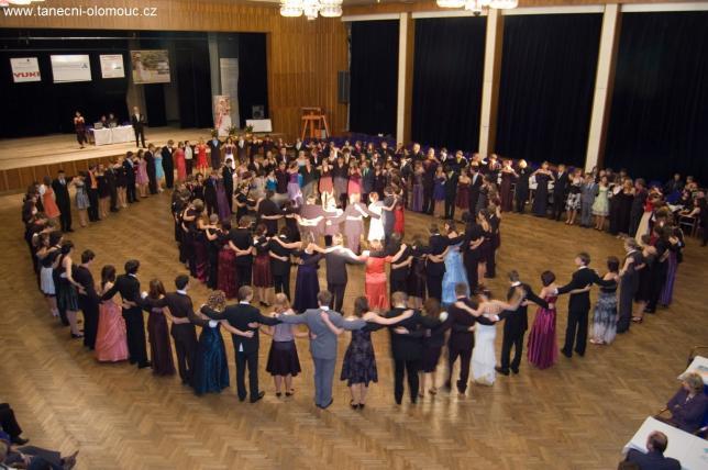 Závěrečná kolona s taneční školou Progress