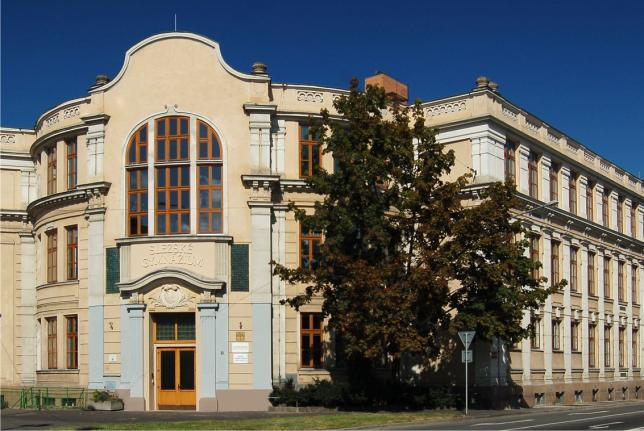 Budova Slezského gymnázia