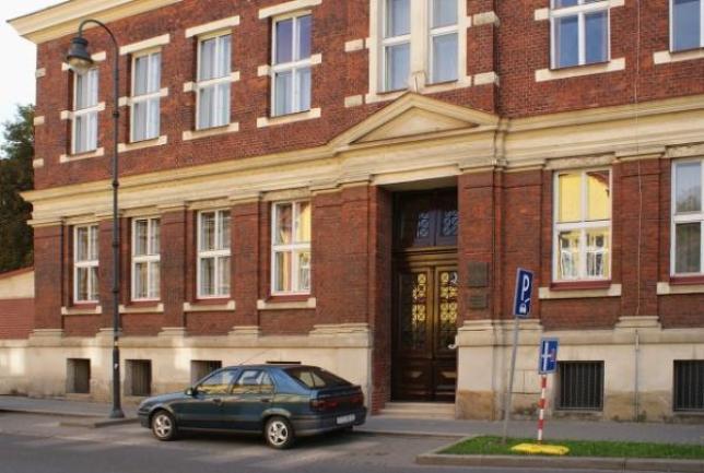 budova na Poběbradově ulici