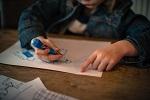 Stovky předškoláků se nedostavily k zápisům do školek. Rodičům hrozí pokuta