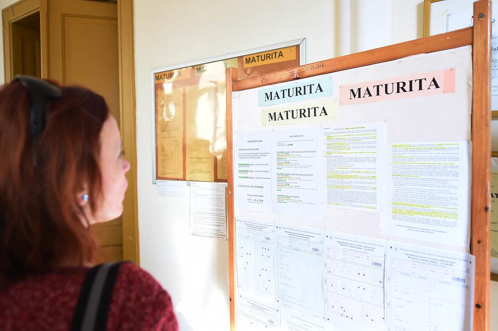 Vjakých termínech se budou konat letošní maturitní zkoušky a jednotné přijímací zkoušky na SŠ?